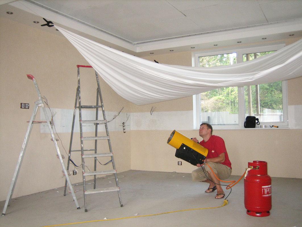 Установка люстры на натяжной потолок своими руками